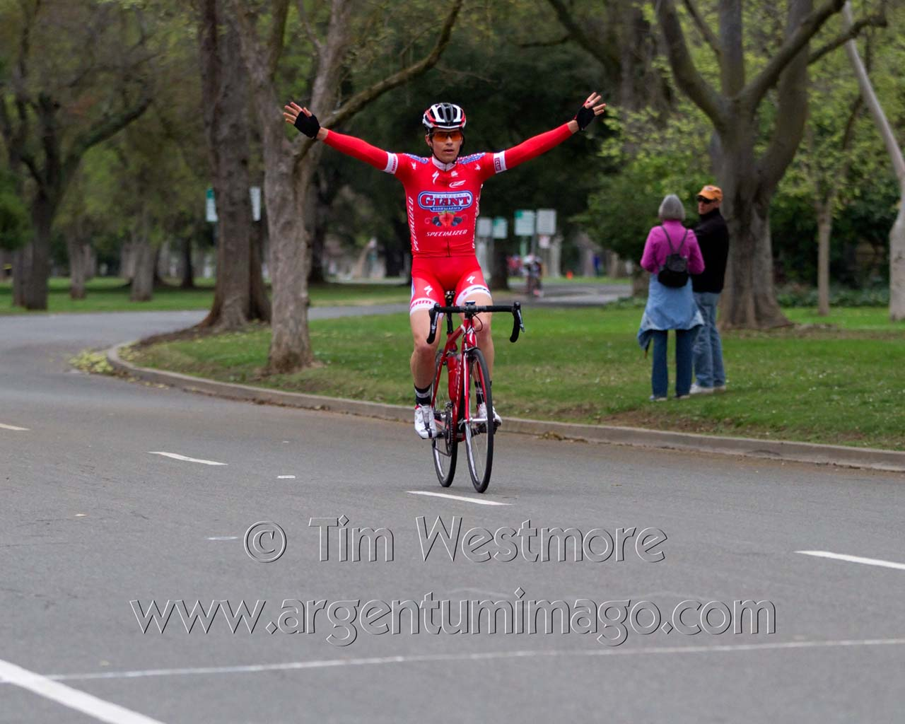 Huffman celebrates his P-1-2 win at the Land Park Crit